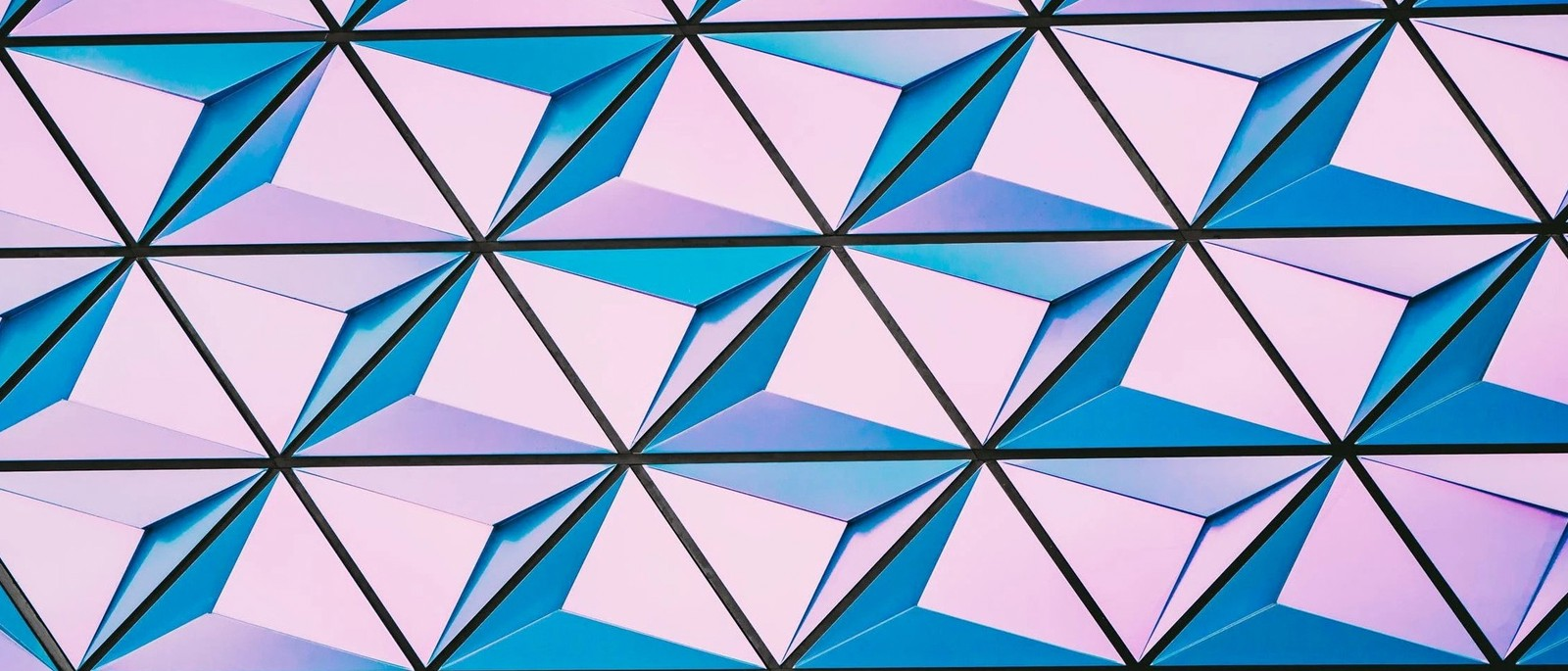 cms/blog/trends_for_2021_-_SPOD_-_geometric_fonts